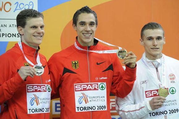 Stipriausi šuolininkai į tolį – viduryje – naujasis Europos rekordininkas Sebastianas Bayeris