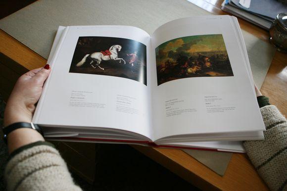 Į naujausią muziejaus rinkinį buvo atrinkti 300 geriausių tapybos kūrinių.