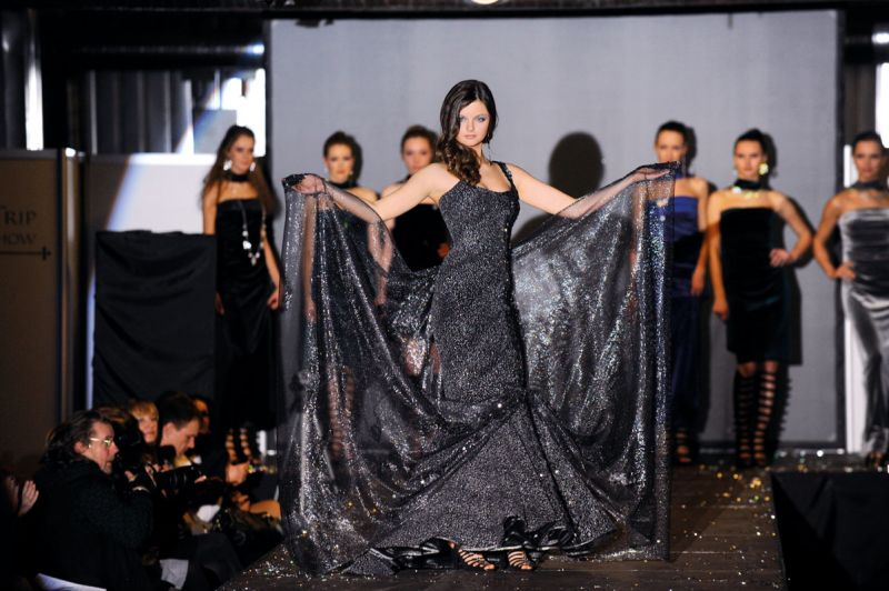 Foto naujienai: Gabrielė Martirosianaitė: paslaptinga suknelė