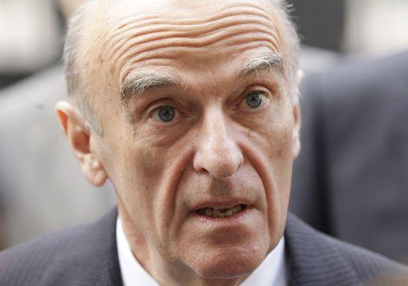 Šveicarijos finansų ministras Hansas Rudolfas Merzas