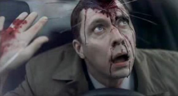 Socialinėje reklamoje saugiai vairuoti skatinama drastiškais vaizdais.