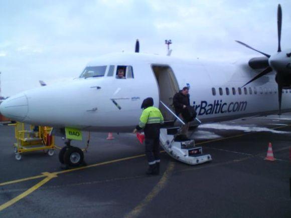 30 keleivių šiuo lėktuvu turėjo skristi į Kopenhagą, tačiau dėl lėktuvo gedimo buvo priversti laukti kito.