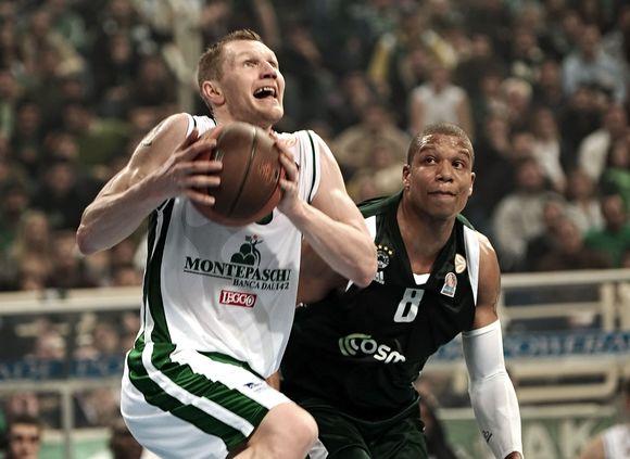 R.Kaukėnas buvo nesulaikomas antrose rungtynėse Atėnuose.