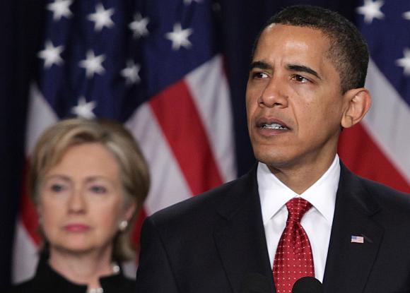 Barackas Obama pareiškė, kad padėtis Afganistane jam kelia nerimą.