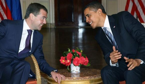 D.Medvedevas ir B.Obama prieš G20 vadovų susitikimą.