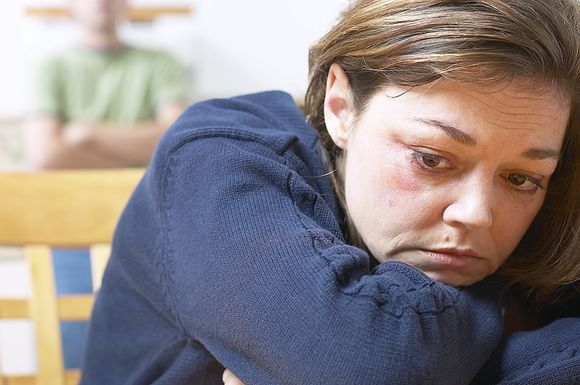 Pavasarį daugelį žmonių apima liūdesys ir slogi nuotaika.