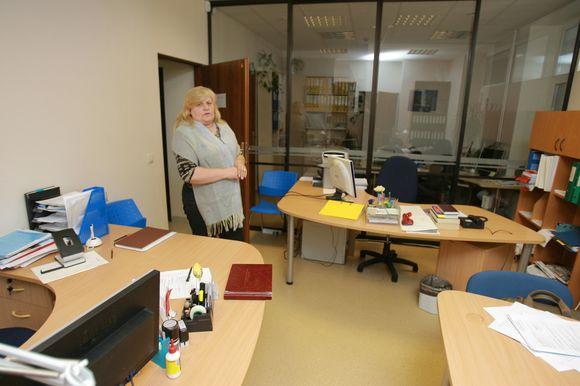 Klaipėdos socialinės paramos centro vadovė D.Stankaitienė pripažino, kad uostamiesčio socialiniai darbuotojai nebesijaučia saugūs netgi darbovietėje, kur jie užgauliojami benamių.