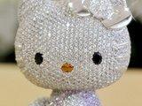 "AFP/""Scanpix"" nuotr./The Super Hello Kitty Jewel Doll"