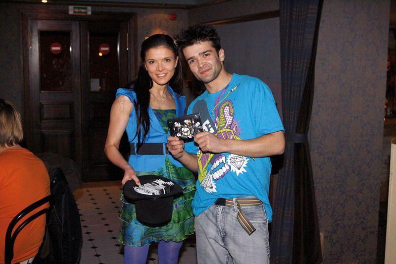 Foto naujienai: Šarūnas ir Kotryna Kirdeikiai. Penkių vaikinų šokis