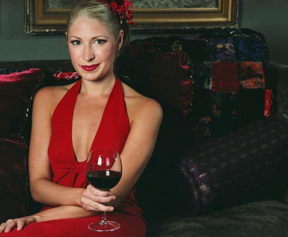 Raudonasis vynas padeda...