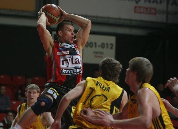 LKL pusfinalio serija iki dviejų pergalių, pirmos rungtynės