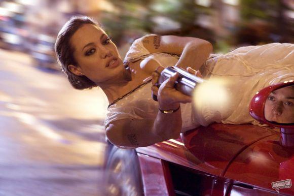 """A.Jolie sakė nekantriai laukianti """"Wanted 2"""" scenarijaus."""