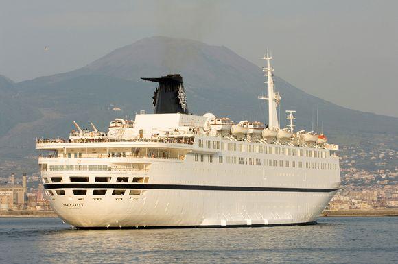 """Italų kruizinis laivas """"Melody"""""""
