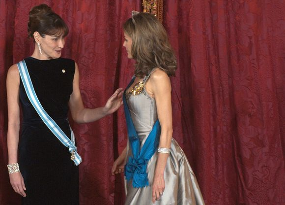 Carla Bruni-Sarkozy ir princesė Letizia