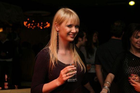 Sasha Son(g) palydėtuvių vakarėlyje dalyvavo ir populiarioji Natalija Zvonkė.