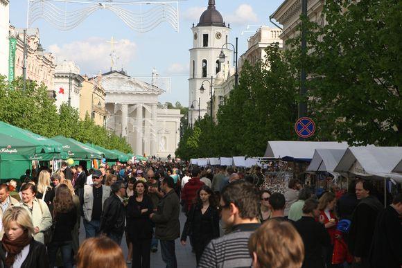 """Gražios akimirkos iš tradicinio renginio – """"Lietuva – Europos žvaigždutė"""". (2009-05-08)"""