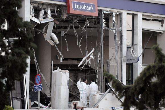Prie Graikijos banko susprogdinta bomba.