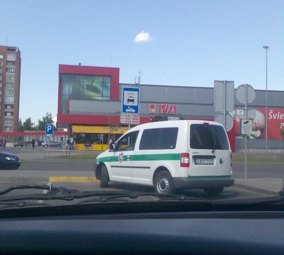 Fotopolicija. Taksi?