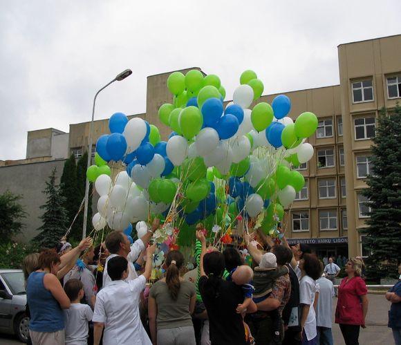 Vaikų gynimo dieną į dangų kils balionai su sergančių vaikų svajonėmis.