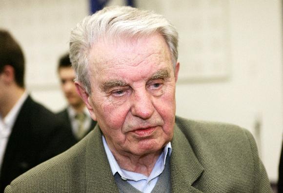 Poetas Justinas Marcinkevičius