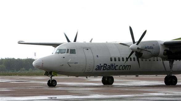 """""""airBaltic"""" skraido iš visų trijų Lietuvos oro uostų."""