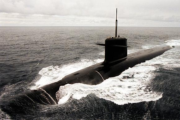 Į dingusio lėktuvo paieškas įsijungs ir Prancūzijos atominis povandeninis laivas.