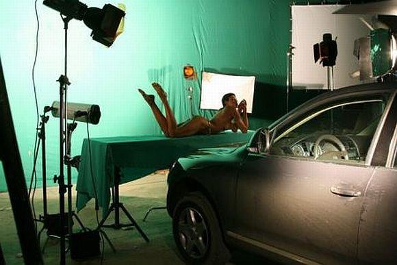 Sexplius.lt nuotr./Volkswagen Touareg erotinė reklama