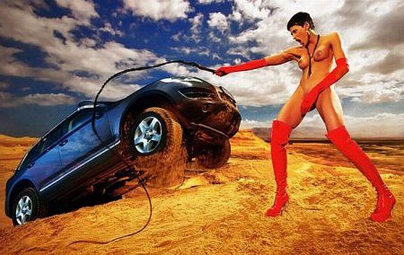 Volkswagen Touareg erotinė reklama