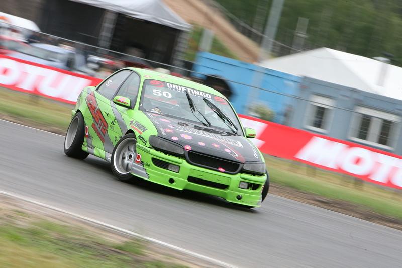 Timas Simniška (Opel Omega, drifter.lt)