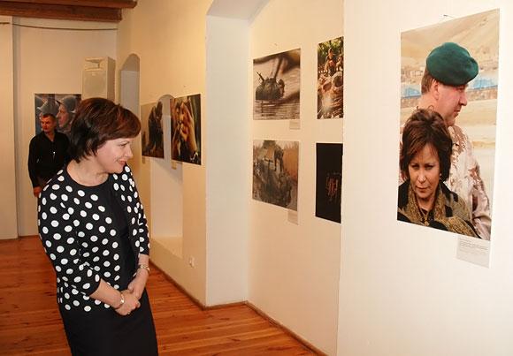 Tarp konkursui pateiktų nuotraukų krašto apsaugos ministrė Rasa Juknevičienė rado ir save