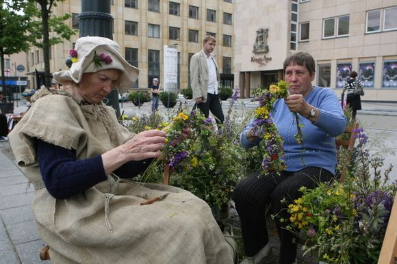 Jau trečius metus Vilniuje šurmuliuoja Žolynų turgus.