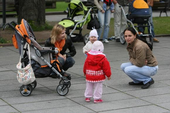 Protesto akcijoje dalyvavo nuo 100 iki 200 žmonių.