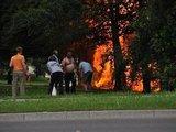 tvn24.pl nuotr./Krokuvoje nukrito ir sudegė lėktuvas Cessna 172
