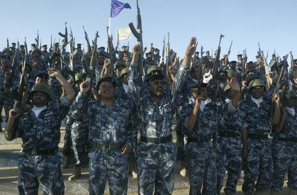 Švenčia ir Irako policininkai