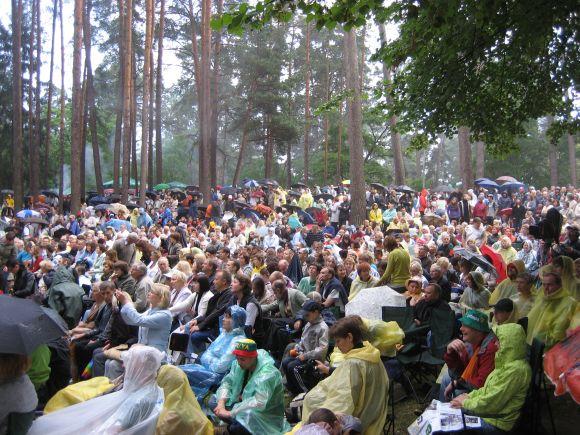Festivalio programos klausėsi minia žiūrovų.