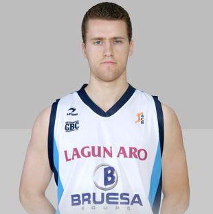 """Praėjusį sezoną serbas atstovavo San Sebastiano """"Bruesa"""" klubui."""