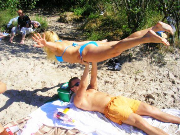 Ineta ir Ernestas, bikini porelė