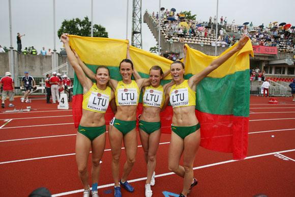 Lietuvos merginų 4x100 estafetės triumfo akimirkos