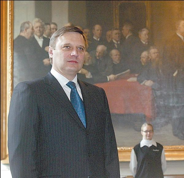 M.Kasjanovas (kairėje) dažnai bendrauja su Europos politikais.