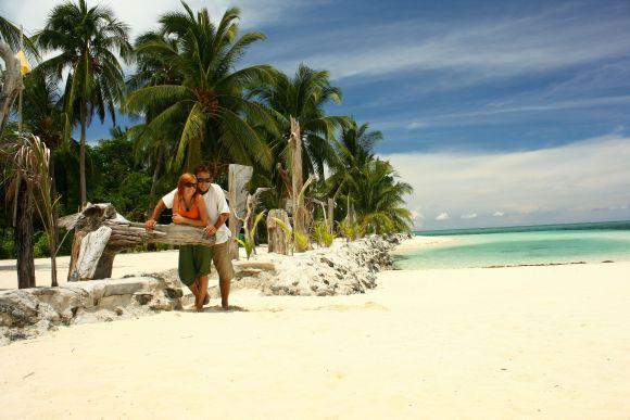 Tai ne kadras iš kino filmo: tuščių nuostabaus grožio paplūdimių Edita ir Karolis per kelionę surado ne vieną.
