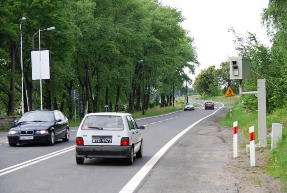 Lenkijos pakelėse gausu automatinių greičio matuoklių.