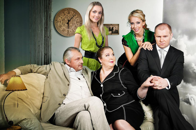 """Foto naujienai: Seriale """"Emilija"""" – puikiai pažįstamų aktorių būrys"""