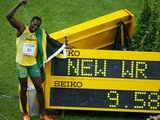"""""""Reuters""""/""""Scanpix"""" nuotr./Sau priklausiusį ankstesnį pasaulio rekordą U.Boltas pagerino net 0,11 sek."""