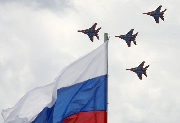 Rusijos aviacijos parodos akimirkos