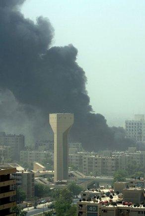 """AFP/""""Scanpix"""" nuotr./Galingi sprogimai sudrebino Bagdadą"""