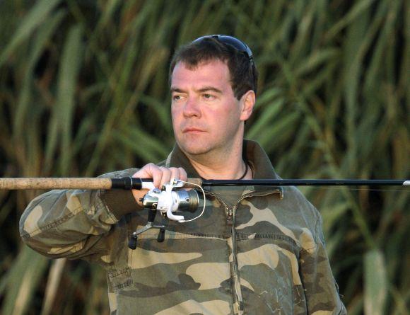 Prezidentas D.Medvedevas žvejojo Volgoje prie Astrachanės