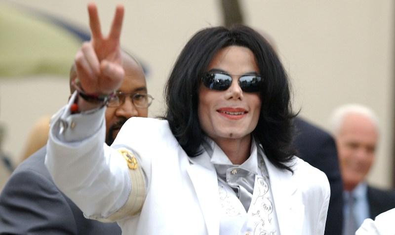 Foto naujienai: Michaelas Jacksonas. Popkaraliaus mirtis – pinigų ir gandų šaltinis