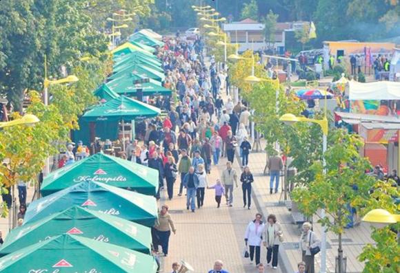 Rugsėjo pabaigoje Basanavičiaus gatvėje nusidrieks tūkstantis stalų.