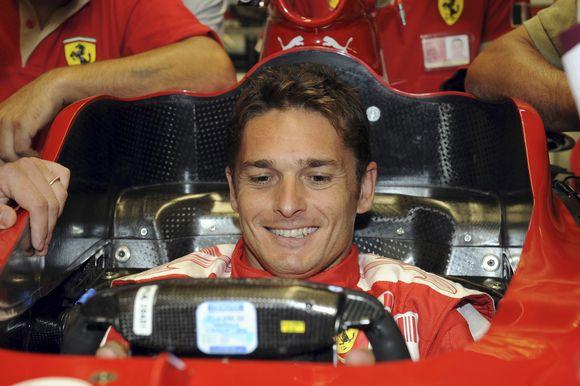"""Italo svajonė išsipildė - jis sėdi """"Ferrari"""" bolide"""