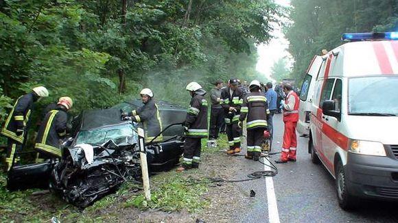 Per avariją prie Ukmergės nukentėjo trys žmonės.